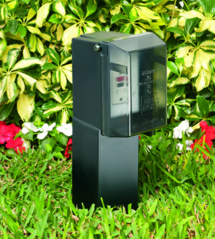 Arlington GPD19 Outdoor Enclosure in Garden